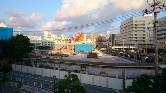 naha_bus-terminal_kaitai003