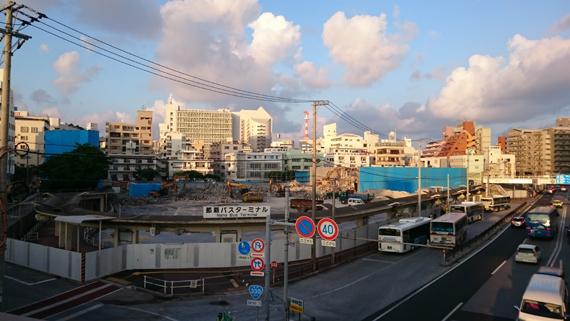 naha_bus-terminal_kaitai004